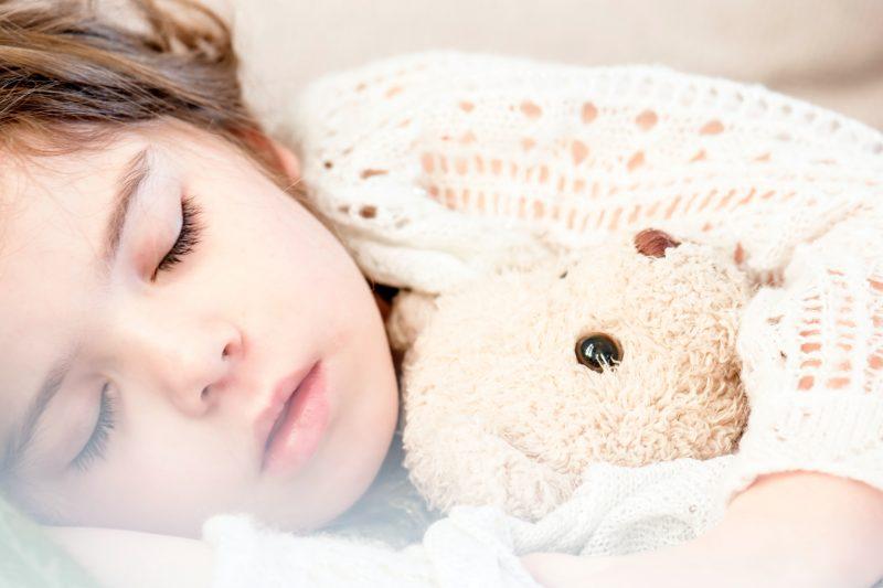 how many hours of sleep do kids need by age